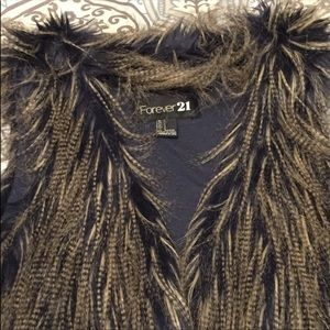 Forever 21 vest with synthetic fur. NWOT